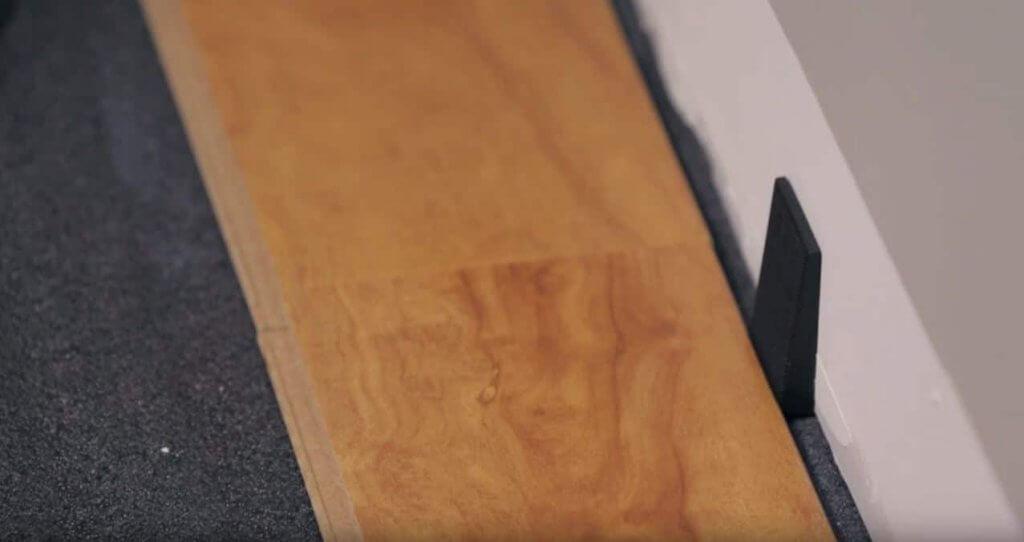 Espacements entre les lattes de bois